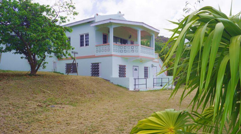 four winds villas